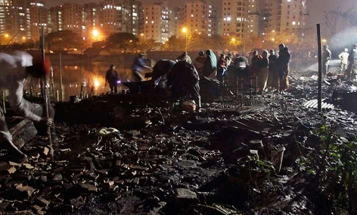 entire kolkata slum gutted in devastating fire