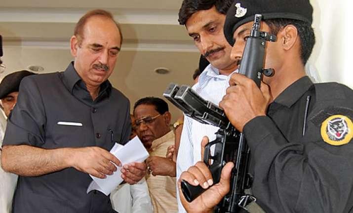 even an mp can become uttarakhand cm says ghulam nabi azad