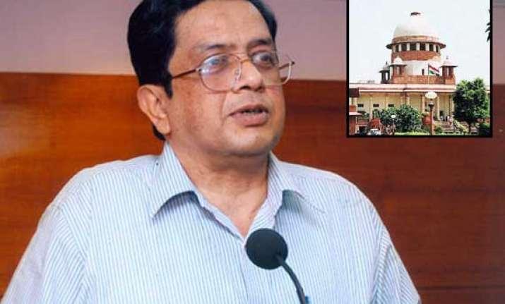 ex cvc thomas withdraws plea from high court
