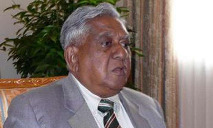 ex singapore prez conferred pravasi bharatiya samman