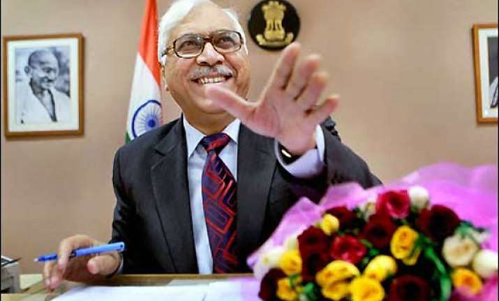 exit polls are best for entertainment channels says cec