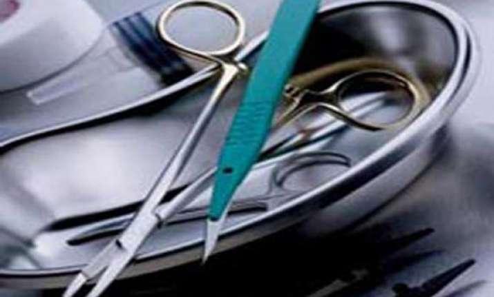 fake medical kits unit raided in delhi one held
