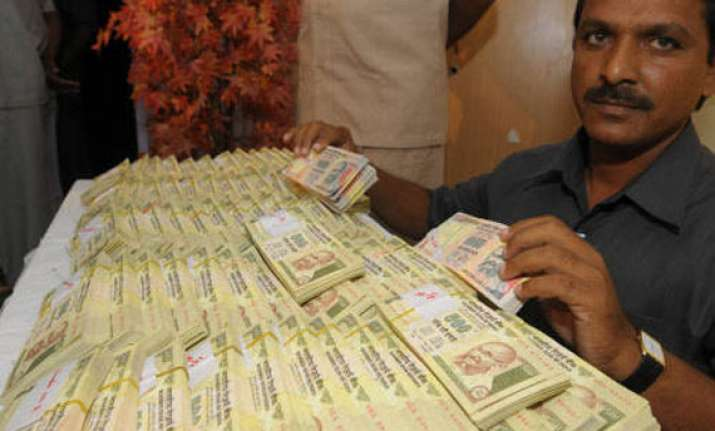 fake notes seized in hyderabad three held