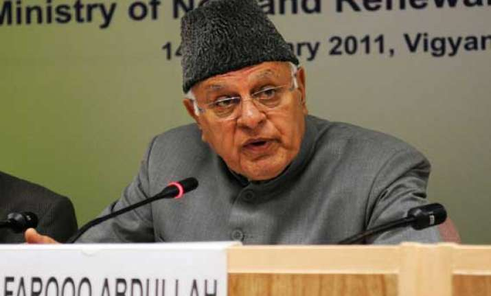 farooq abdullah faces tough challenge in srinagar