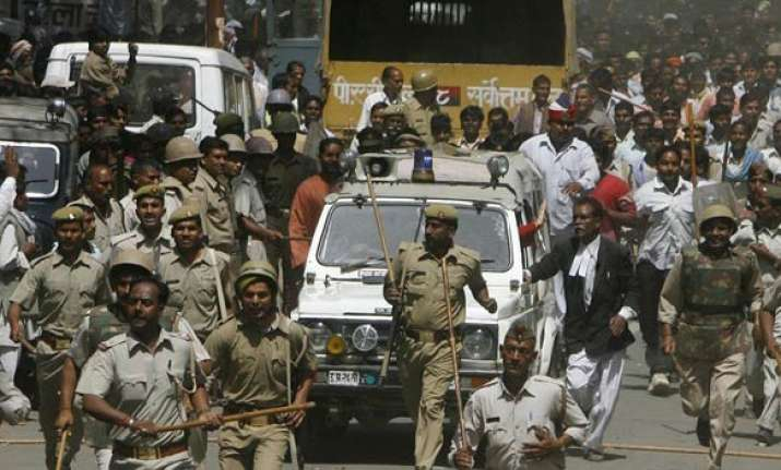 father of pm s security guard kidnapped in up