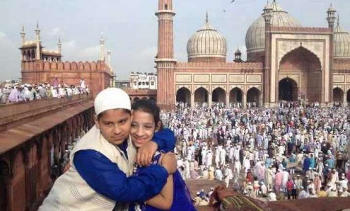 festive mood grips delhi as people celebrate eid ul fitr