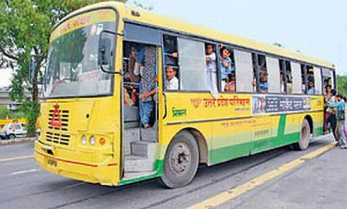 five killed in road mishap in up