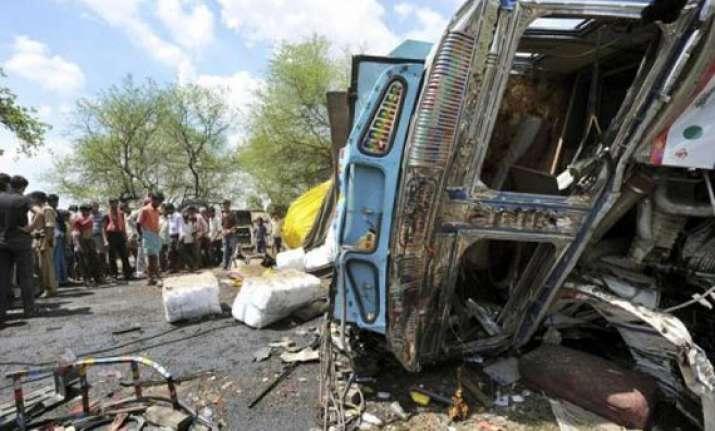 five persons die 48 injured in bihar road accidents