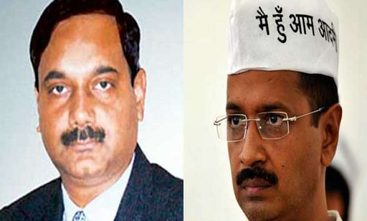 former secretary to kejriwal transferred to urban