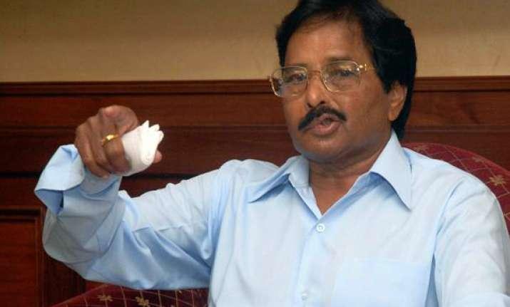 former karnataka chief minister sarekoppa bangarappa passes
