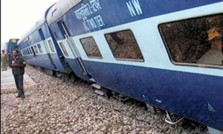 four coaches of passenger train derail