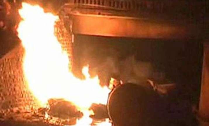 four dead in lpg explosion in kashmir
