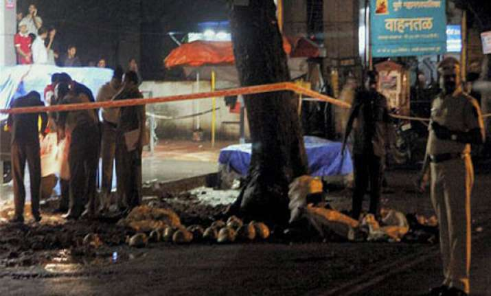 four im operatives arrested for pune blasts