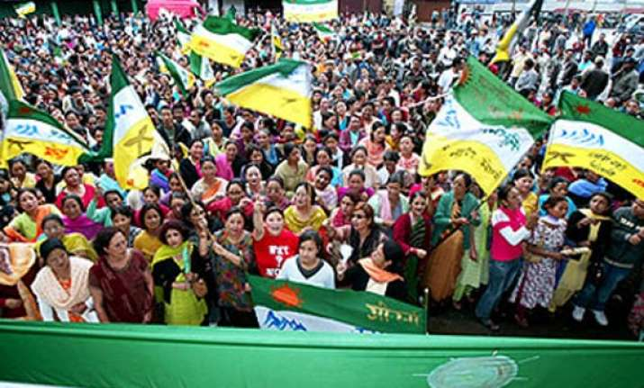gjm to demand gorkhaland if telangana is created