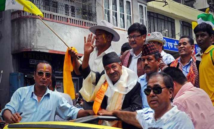 gjm supporters hail darjeeling accord