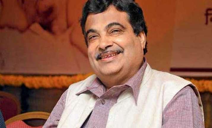 nitin gadkari wants ethanol friendly cars ganga waterway
