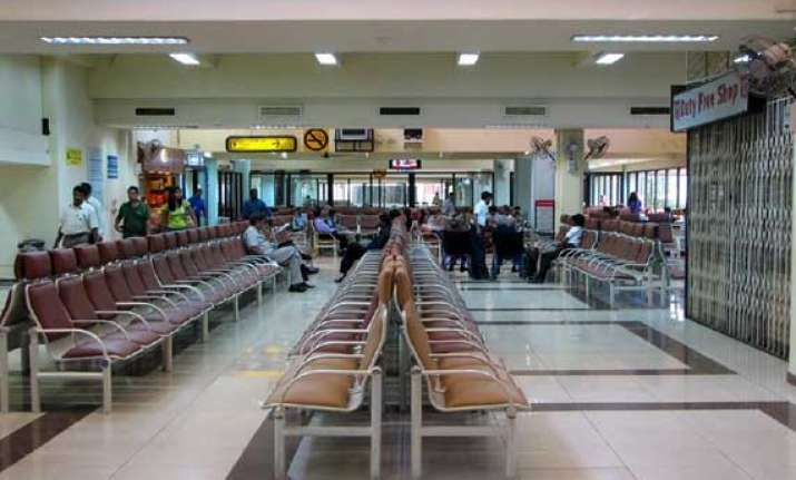 goa airport to be shut for 2 hours daily for survey