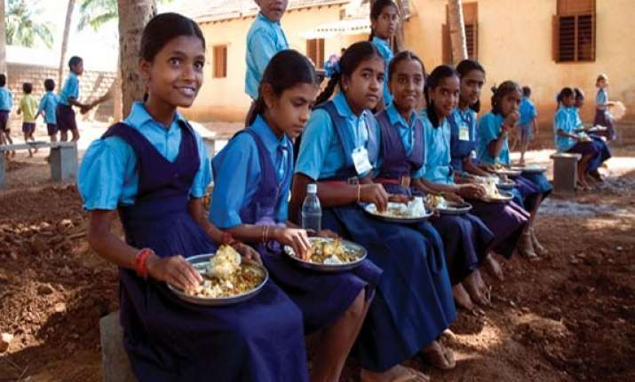 goa govt may suspend mid day meal scheme for review