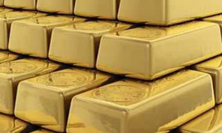 gold bar seized from passenger at hyderabad airport
