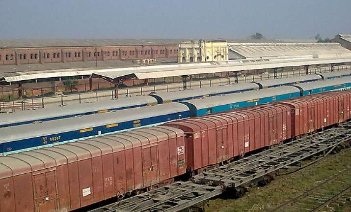 gorakhpur gets world s longest railway platform