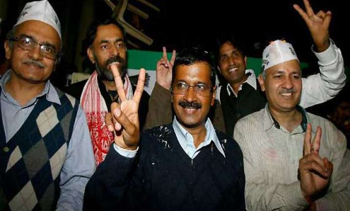 govt formation in delhi aap s pac unable to decide next