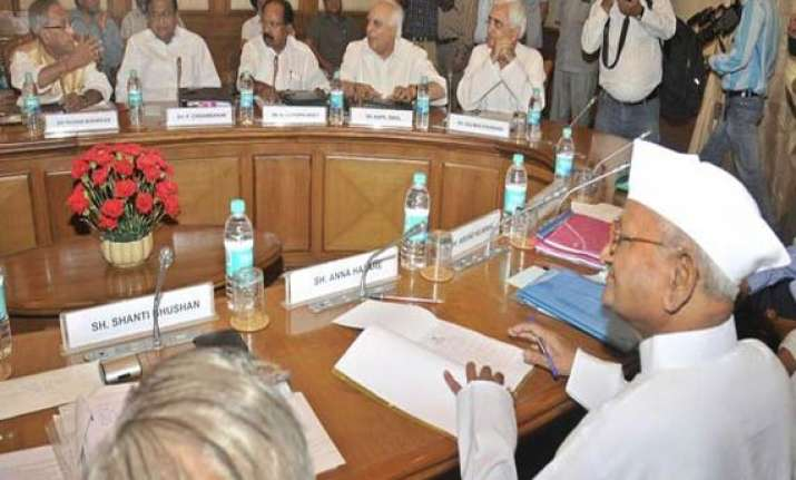 govt agrees to disclose audio recordings of lokpal committee