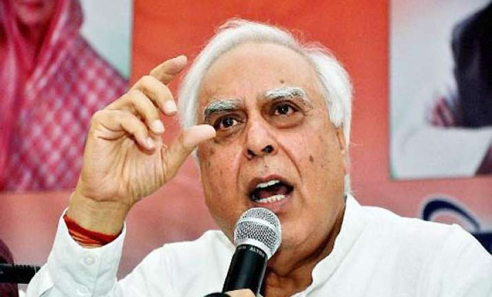 govt charges bjp with double speak on lokpal issue