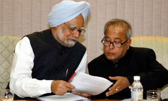 govt learnt to have deleted term minorities from lokpal bill