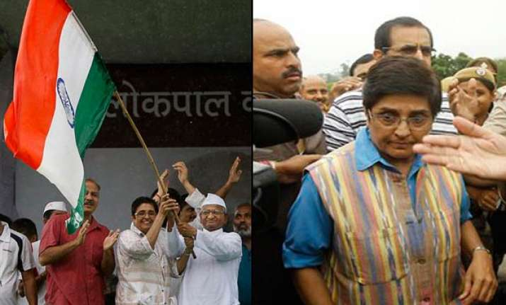 govt not showing concern for fasting anna s health bedi