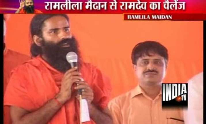 govt s efforts fail ramdev to go ahead with his fast