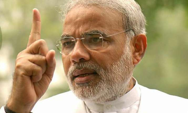 gujarat cong criticises modi for his letter to pm on food