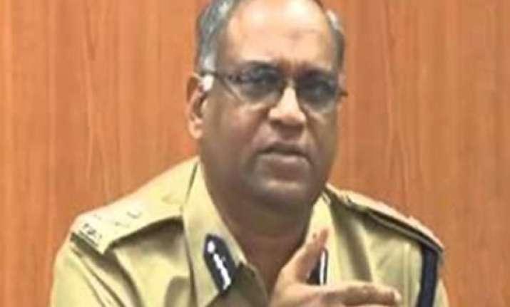 gujarat police dgp amitabh pathak dies while holidaying in