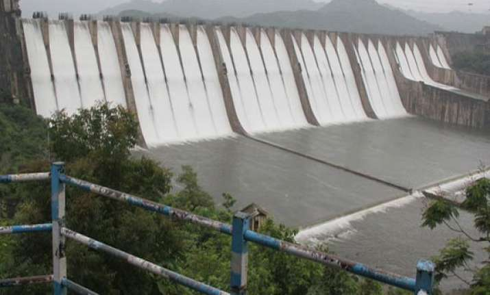 gujarat can install gates on dam but can t close them centre