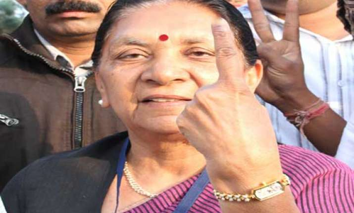 gujarat govt says state no.1 in providing employment