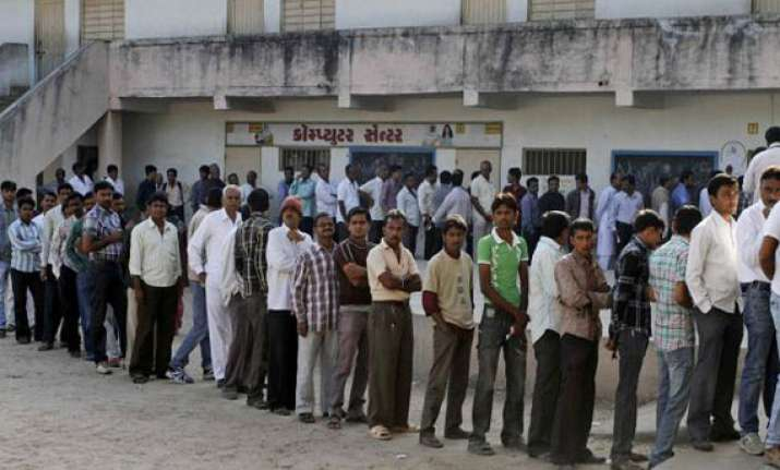 gujarat records 62 per cent voter turnout