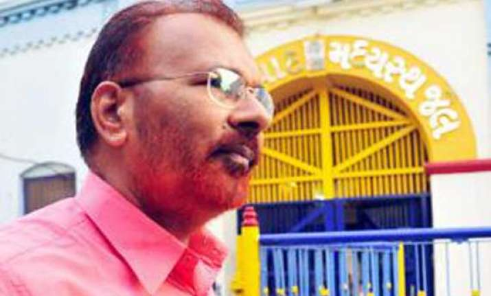 gujarat s encounter cop dg vanzara retires in jail