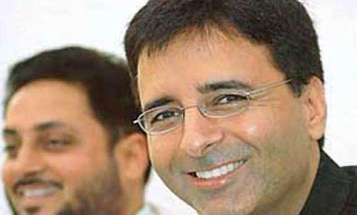 haryana minister ridicules up gujarat at seminar