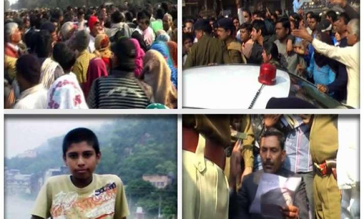 haryana villagers gherao parliamentary secretary get