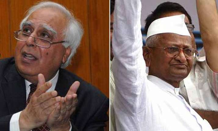 hazare wants parallel govt without accountability says