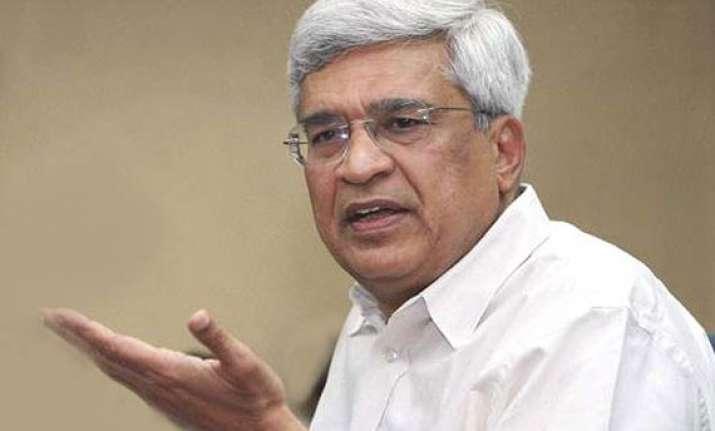 hear out common people workers prakash karat tells bengal