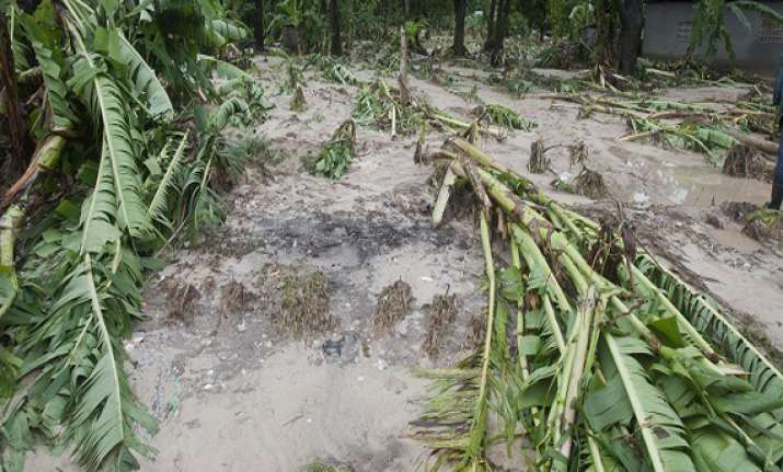 heavy rains damage crops and houses in andhra pradesh
