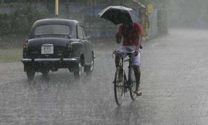 heavy rains forecast in west bengal