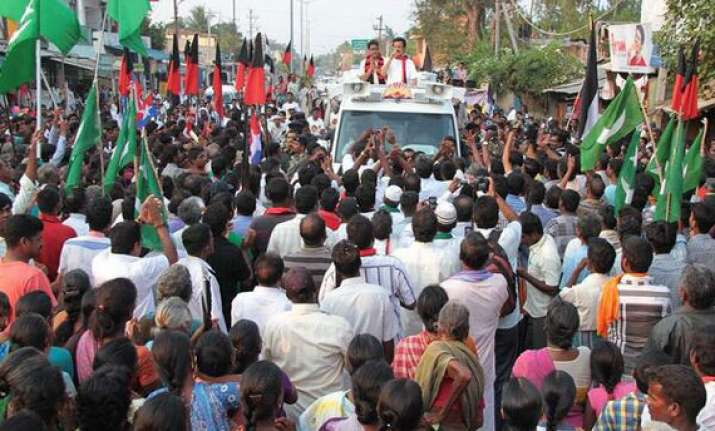 hectic campaigning on in puducherry