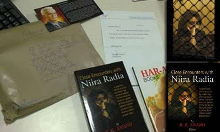 high court asks niira radia about lifting ban on book