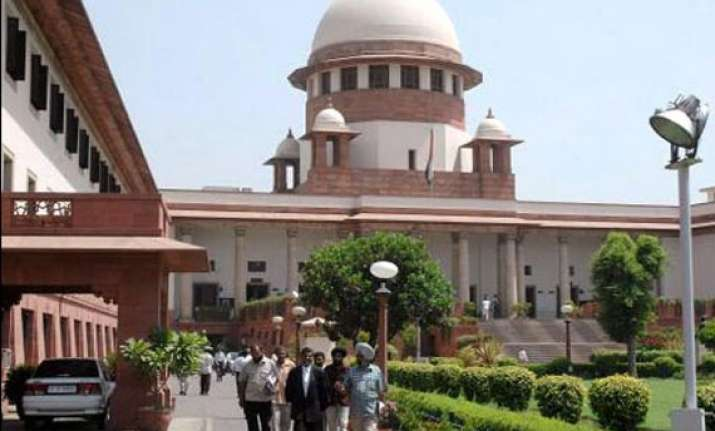 high drama in supreme court advocate evicted slapped with