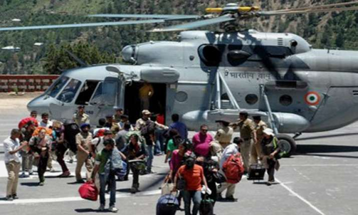 himachal rains 14 americans airlifted from kinnaur valley