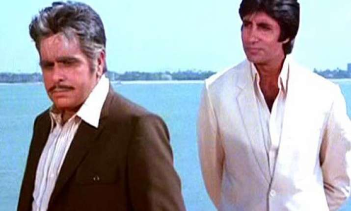 home ministry babus found dilip kumar big b unfit for padma