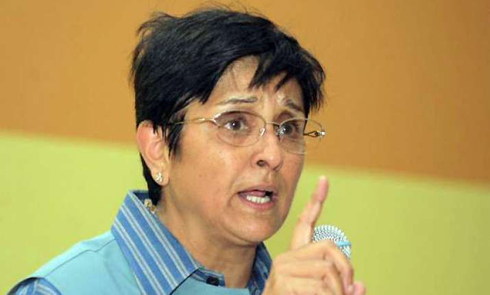 hosts were told kiran bedi flies only business class report