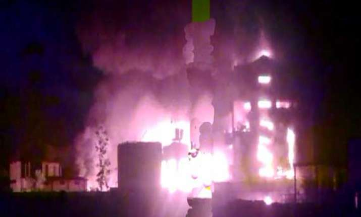 huge blaze after explosions at chemical unit in tarapur