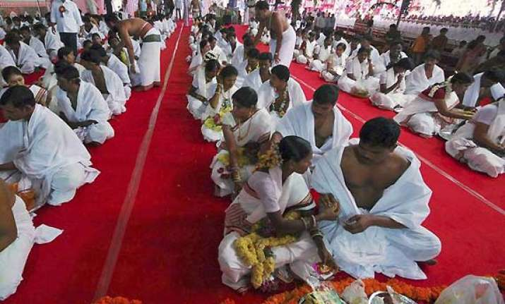 huge rush for marriages in ap for 3 day auspicious period